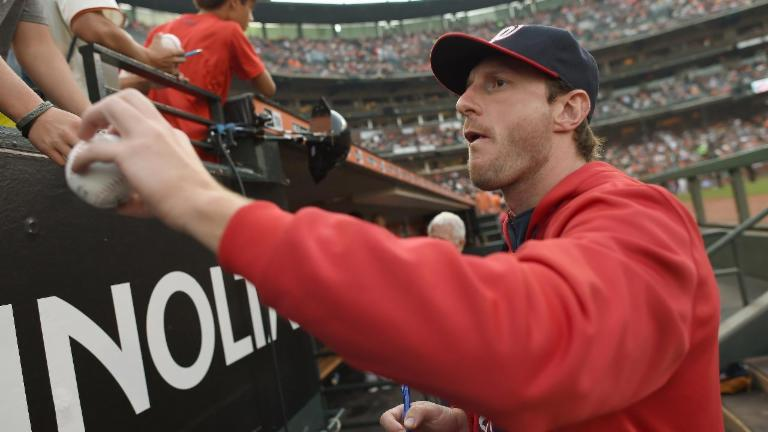 Max Scherzer plays catch with Mets fan, turns him into 'Max fan'