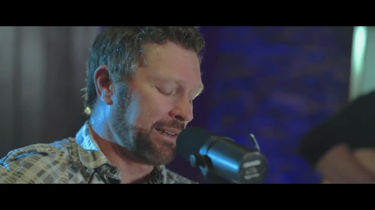 Craig Morgan 'I'm That Country' Acoustic Video