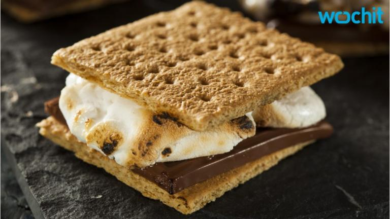Jonesing for S'Mores But Don't Have a Campfire? Pizza Hut Has the Answer