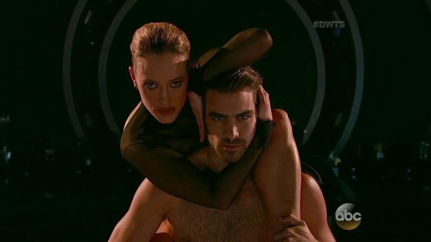 Nyle DiMarco's Freestyle Transcends Dance