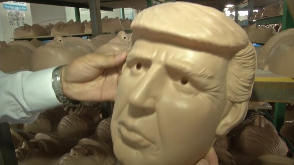 Chinese factory churns out Clinton, Trump masks