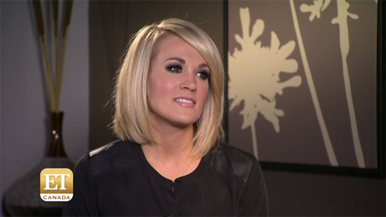 Carrie Underwood Sizzles In 3 Gorgeous Looks At The 2016