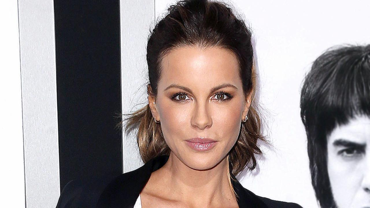 "Kate Beckinsale Slams Michael Bay: ""Baffled By My Looks"""