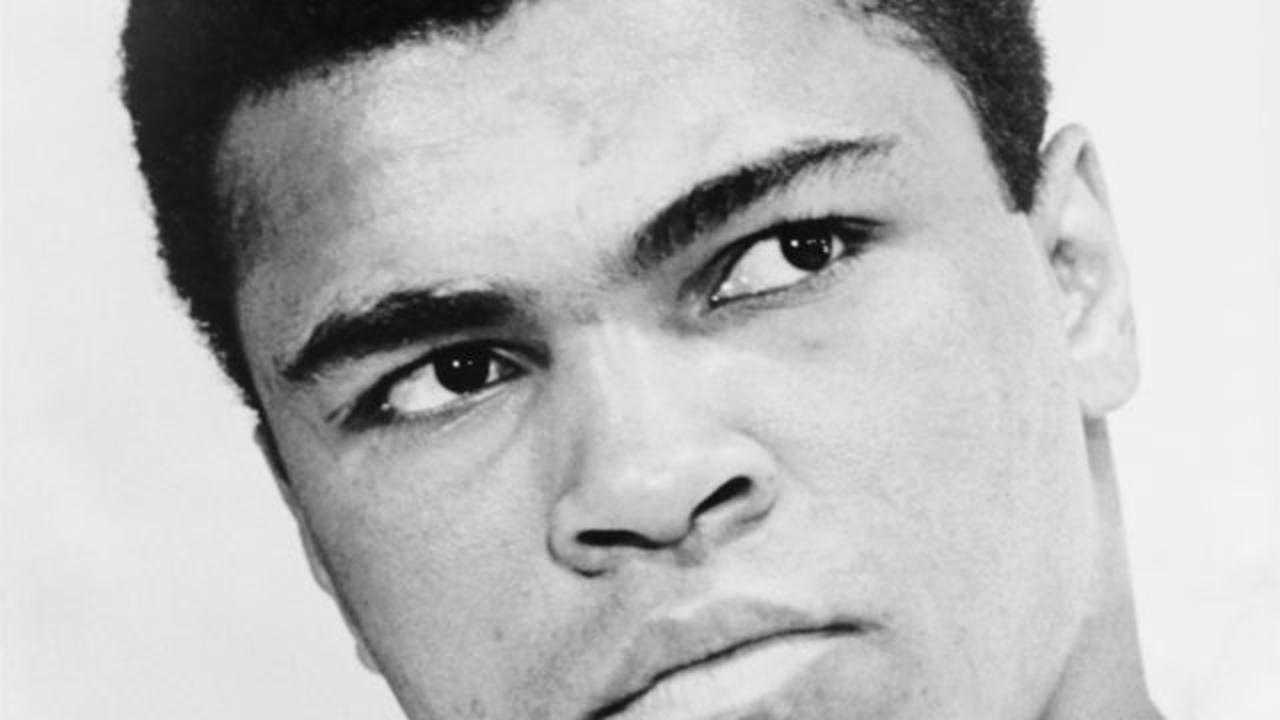 In 1981, Muhammad Ali Talked A Suicidal Man Off A Ledge
