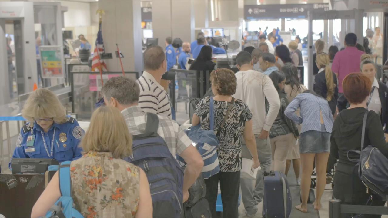How to Beat Long TSA Lines
