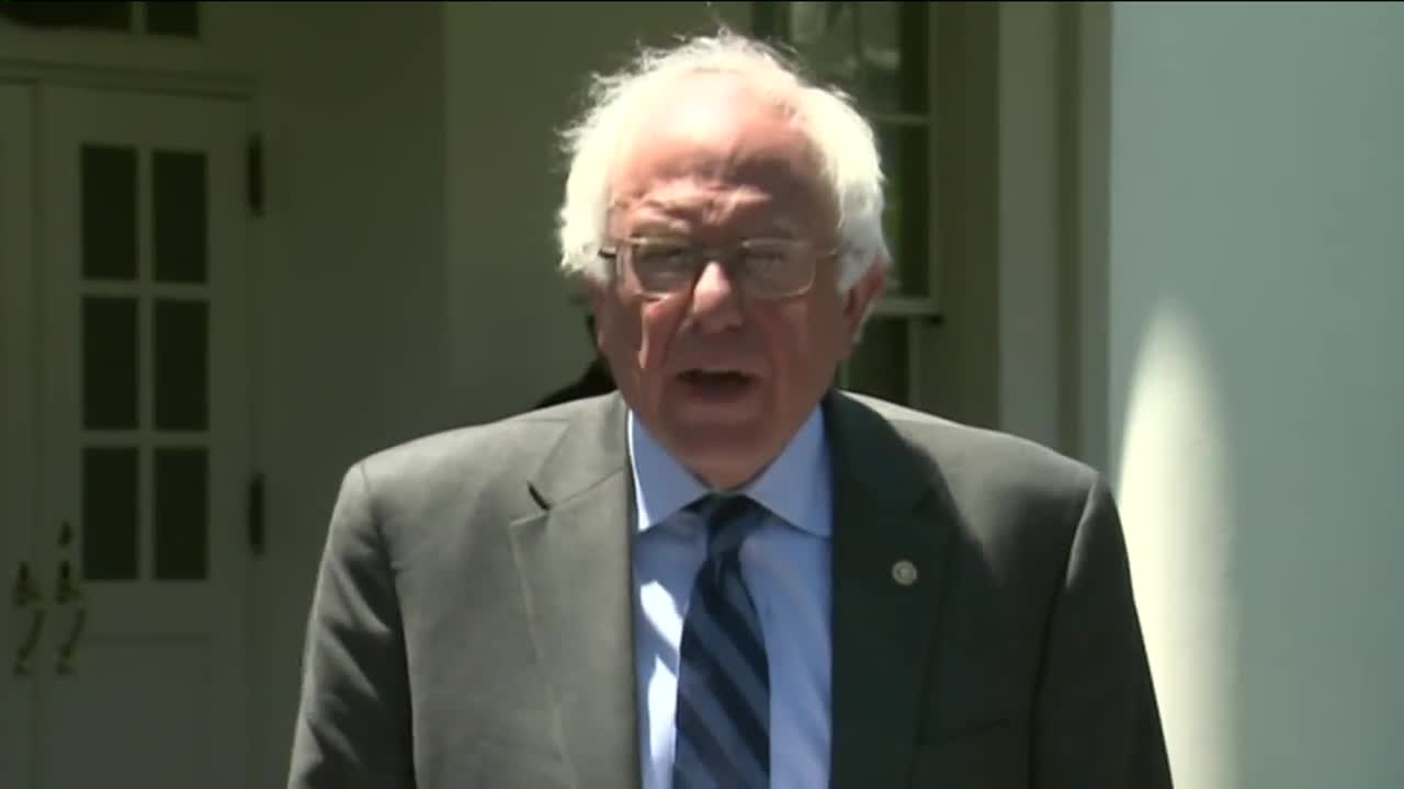 Bernie Sanders Says He'll Continue Campaign After Meeting With President Obama