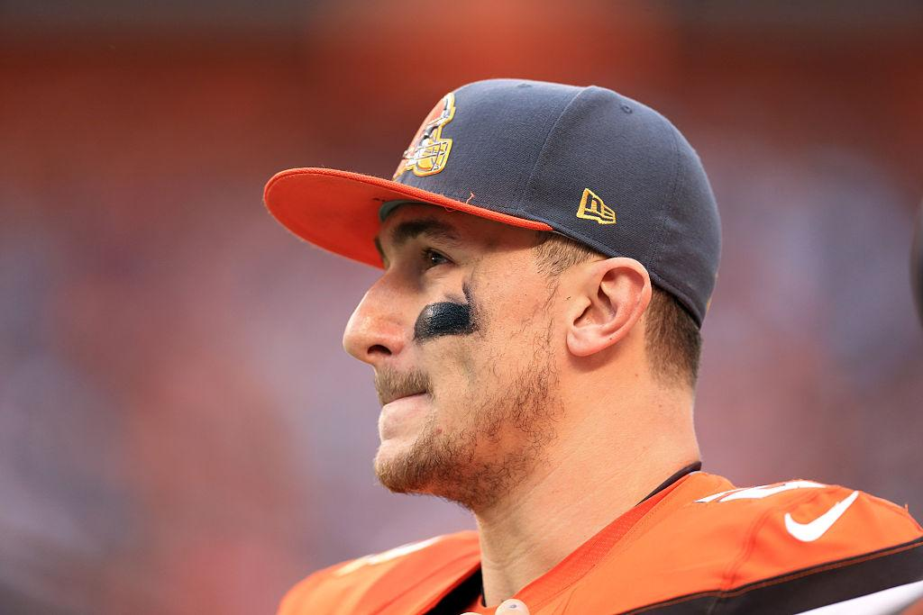 You got served! Johnny Manziel hit with legal papers while partying