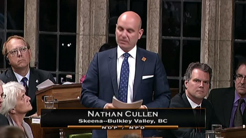 Canadian MP Breaks Down During Jo Cox Tribute