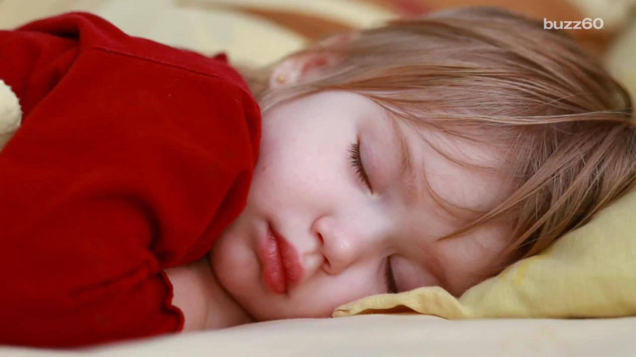 Putting Toddlers To Bed by This Time Helps Fight Teenage Obesity