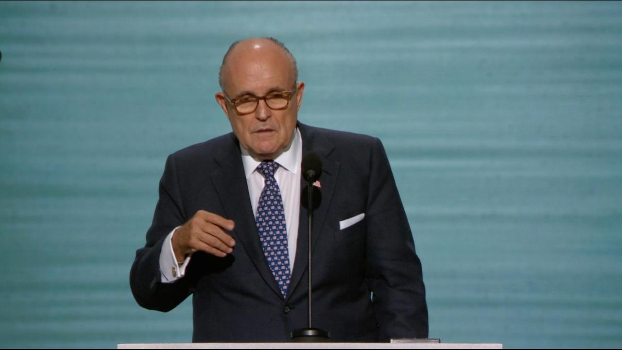 Giuliani offers support for police officers, first responders