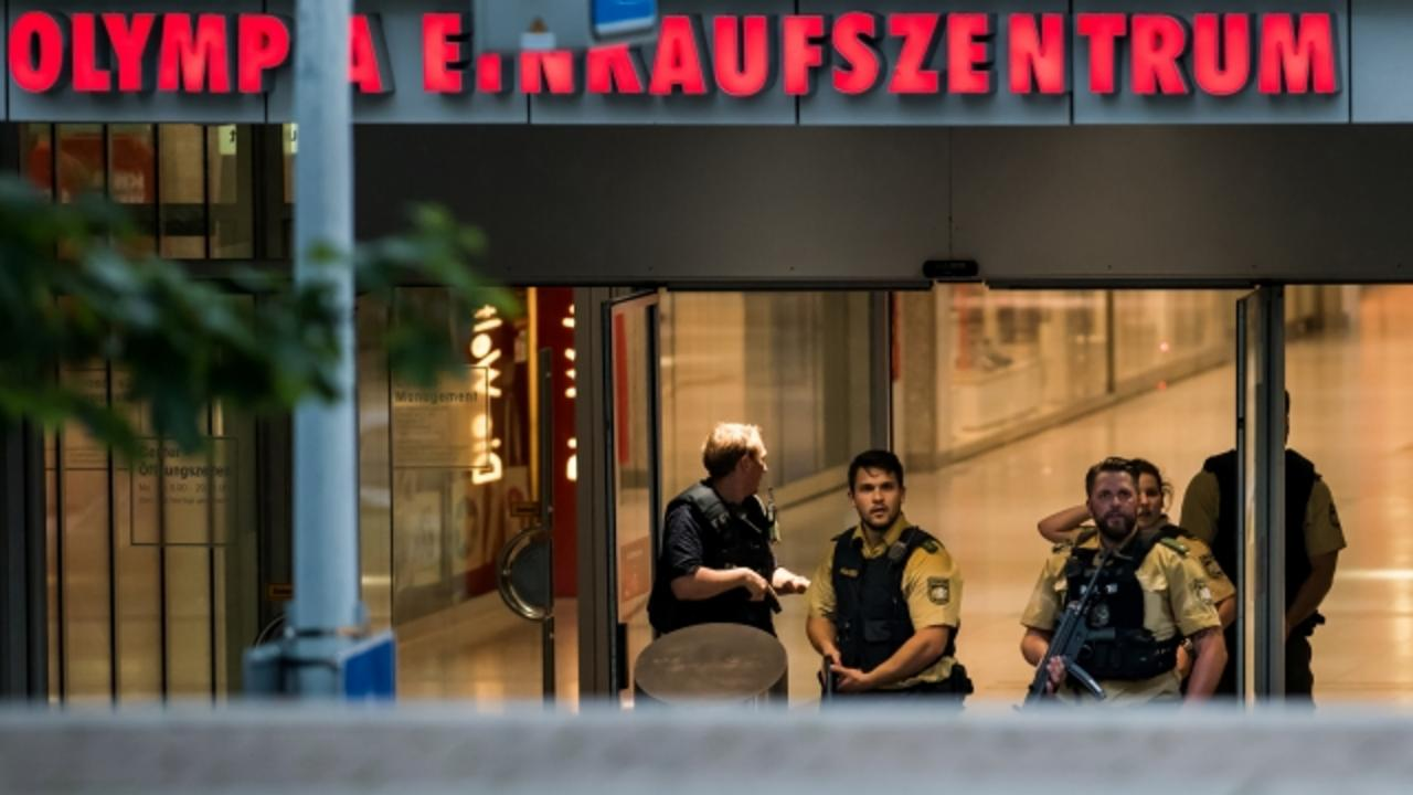 At Least 9 Dead in Munich Mall Shooting; Search for Suspects Ongoing