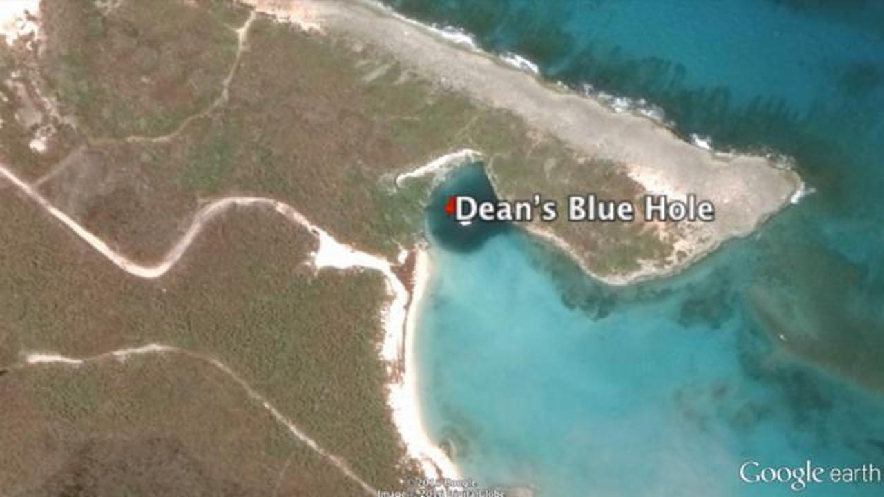 This Massive Dean's Blue Hole Is Believed To Be 'Dug By The Devil'