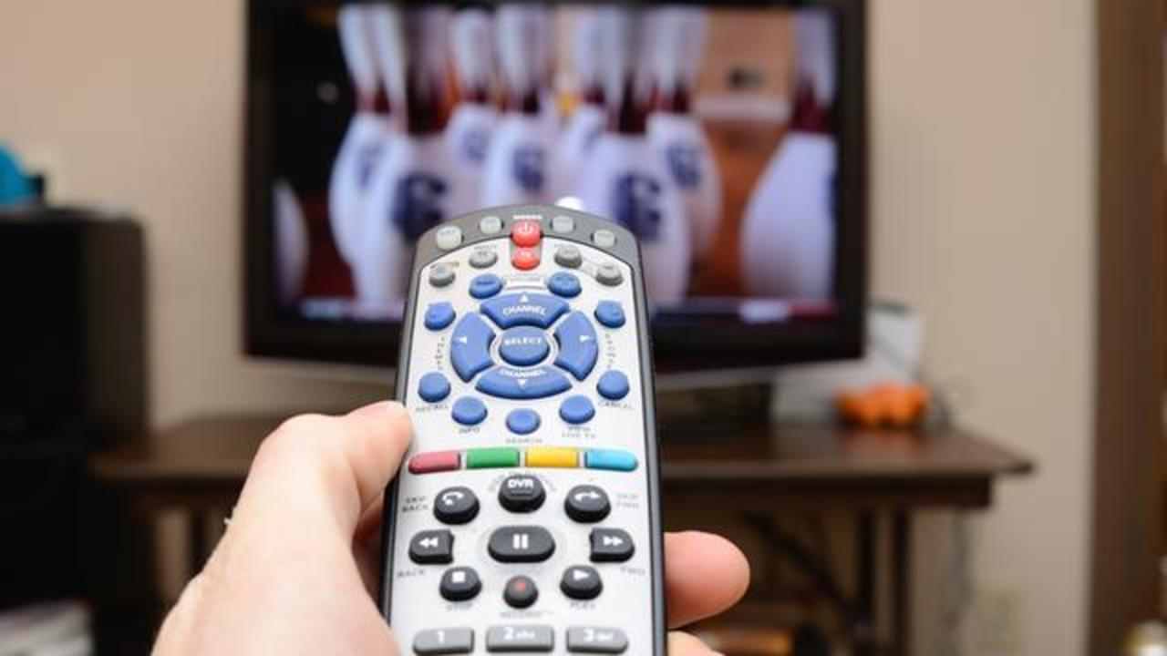 Too Much TV Watching May Heighten Risk Of Dying Due To Blood Clot In Lungs