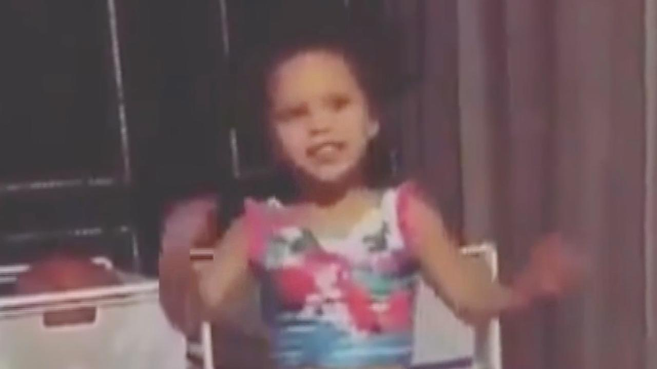Riley Curry Dances to Drake's 'One Dance'