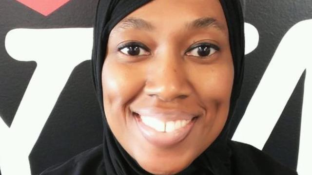 Muslim flight attendant sues ExpressJet over suspension