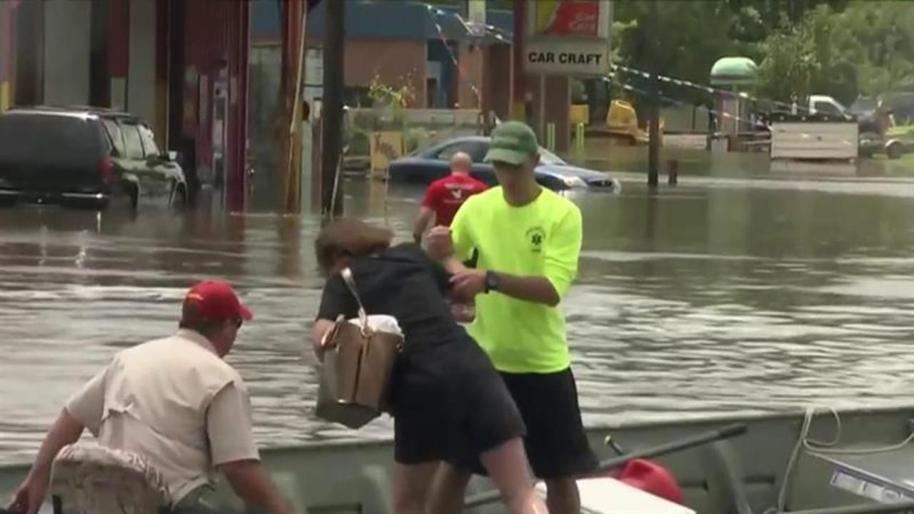 Louisiana flooding: At least 11 dead, 8,000 in shelters