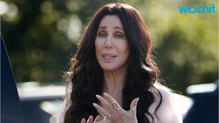 Cher Fully Supports Clinton While Bashing Trump