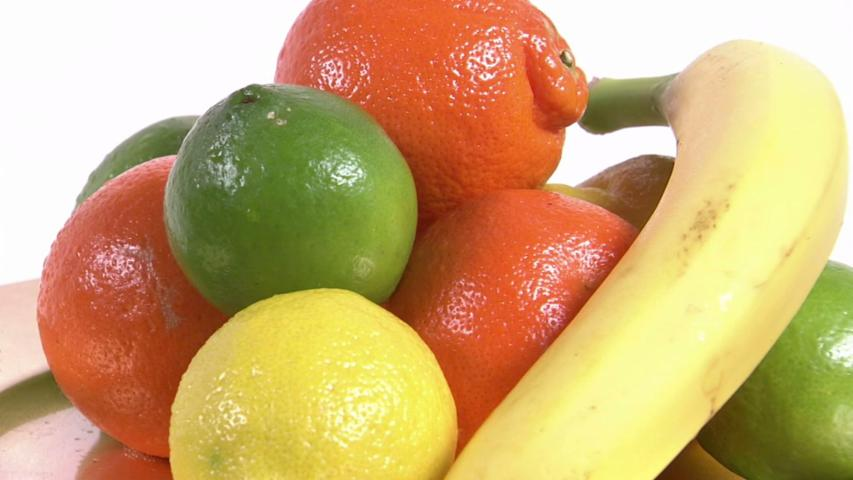 Fruits and Vegetables Make Men Smell Better to Women