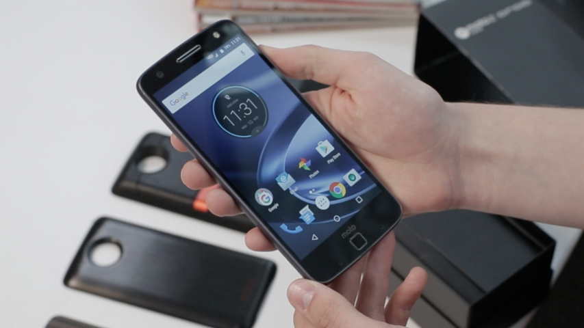 Motorola Moto Z Force Droid Unboxing