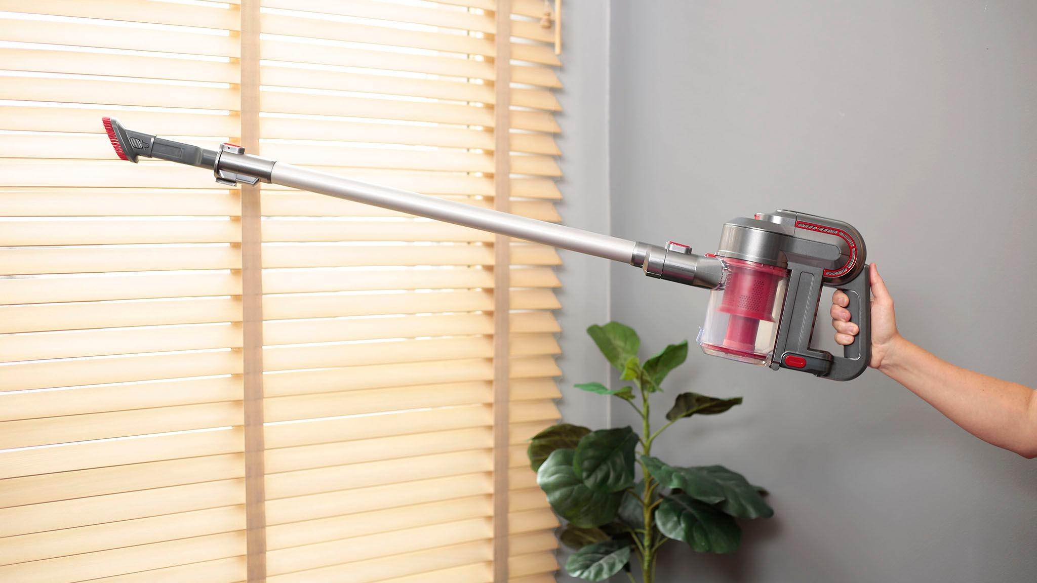 This hands-free vacuum will seriously simplify your life