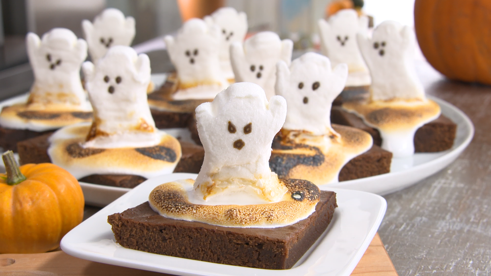 Best Bites: Happy Halloween ghost brownies