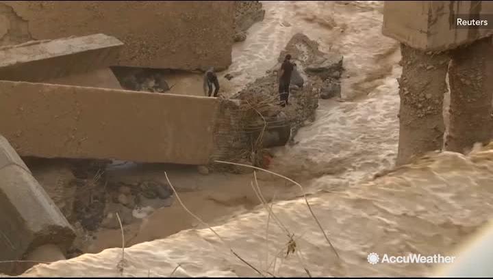 21 killed after flash flood sweeps away students, teachers near Dead Sea