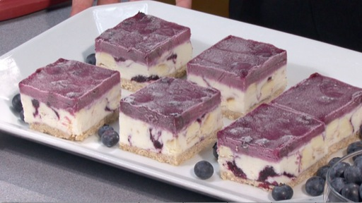 How to Make Blueberry Cheesecake Bars