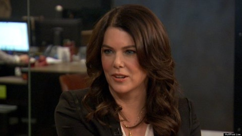Lauren Graham Looks Back On 'Gilmore Girls,' Bledel & McCarthy