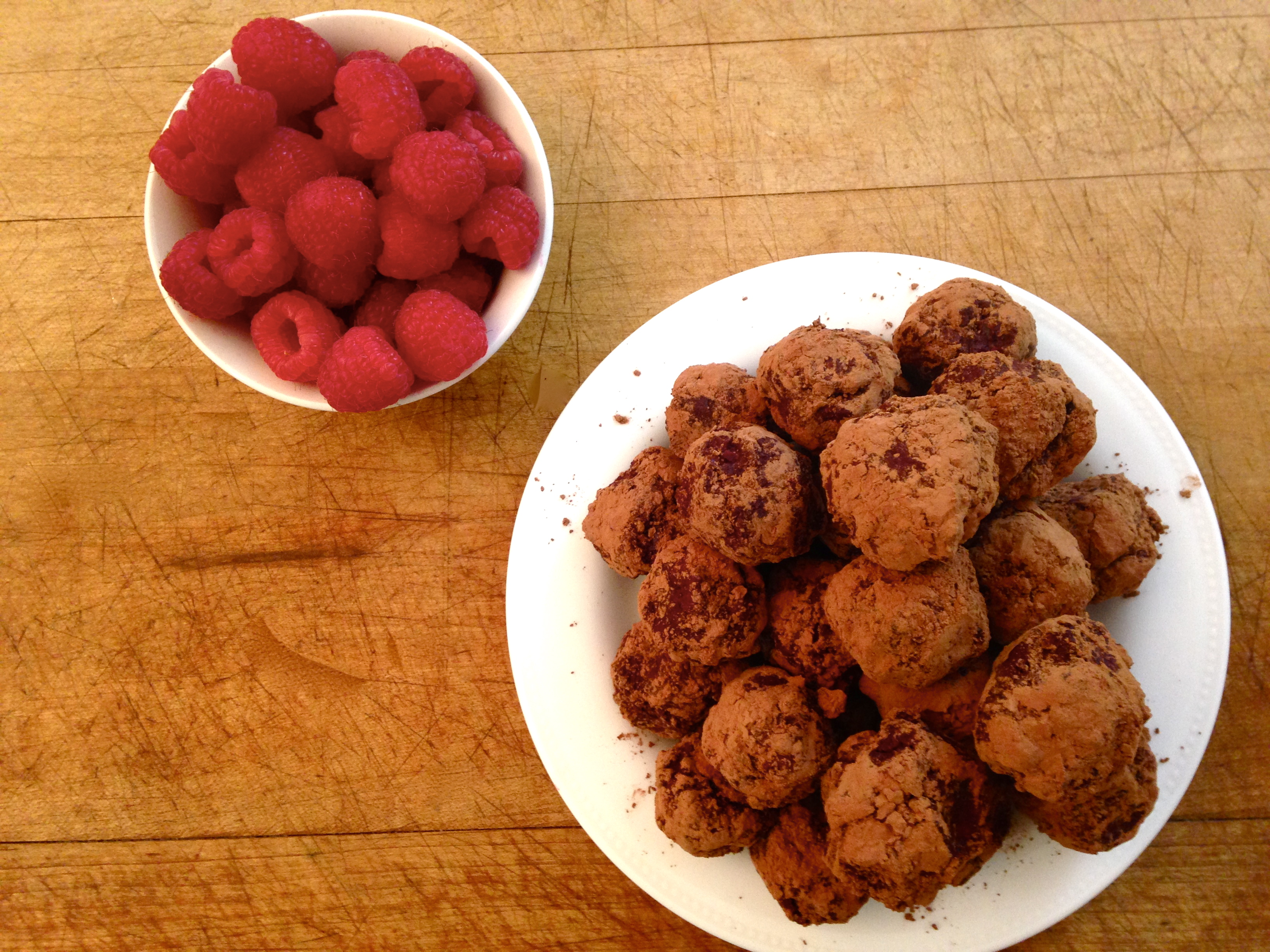 Easy Dark Chocolate and Raspberry Truffles