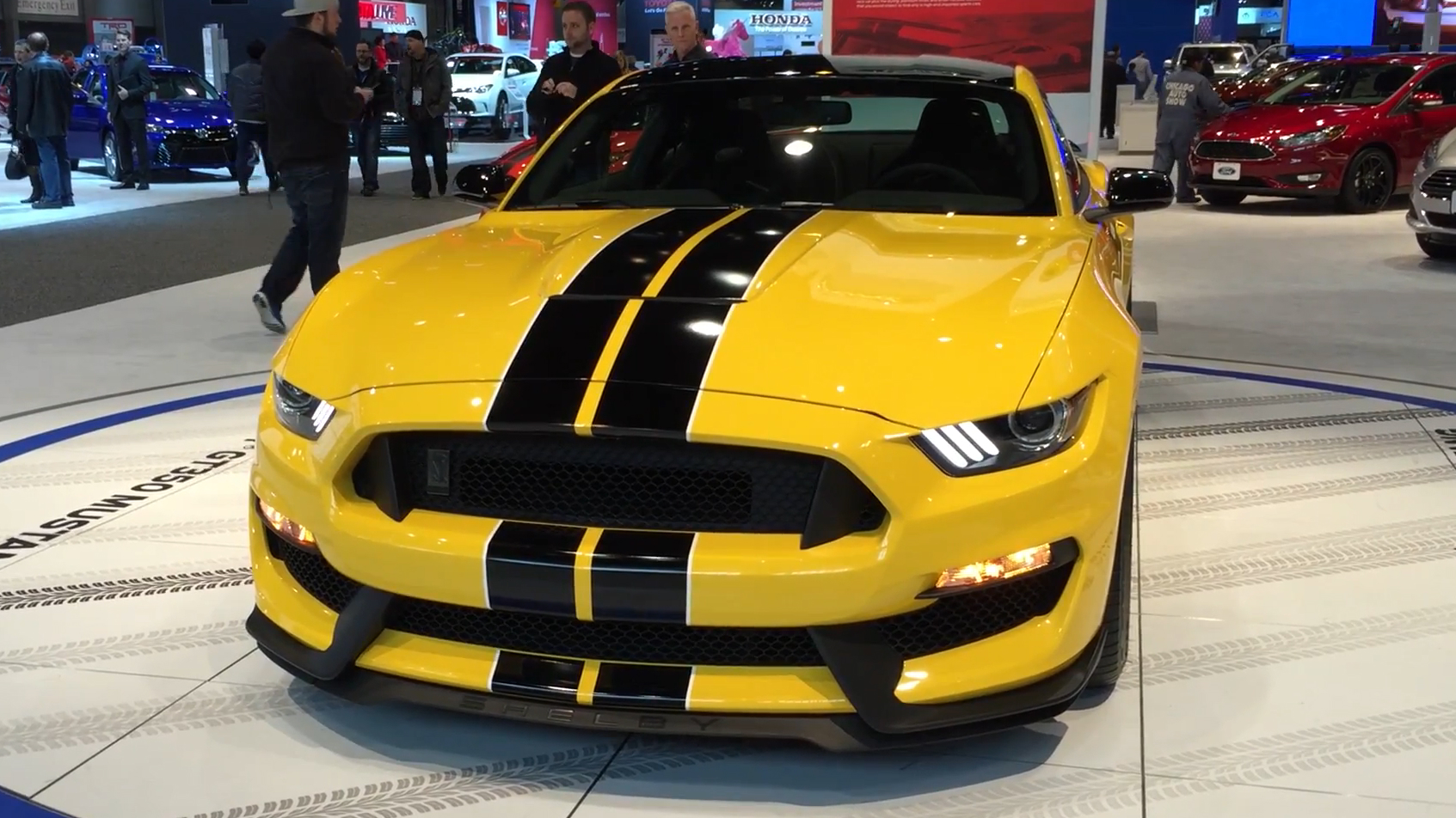 Ford Shelby GT350 Mustang | 2015 Chicago Auto Show | Autoblog Short Cuts