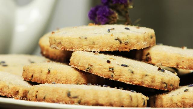 How to Make Lavender Flavored Shortbread Cookies