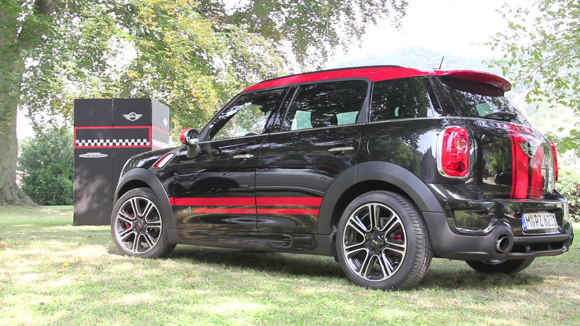Autoblog Short Cuts: 2013 Mini Countryman JCW