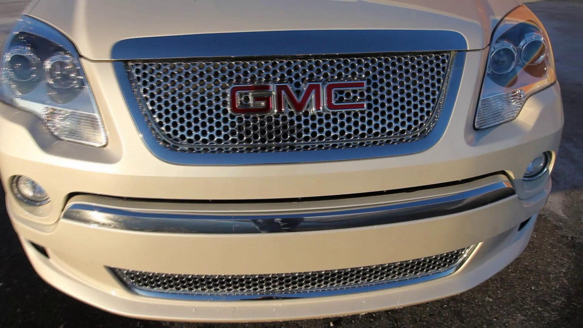 2011 GMC Acadia Denali Exterior Views