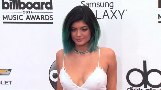 Kylie Jenner Was Financially Cut Off By Mom Kris Jenner