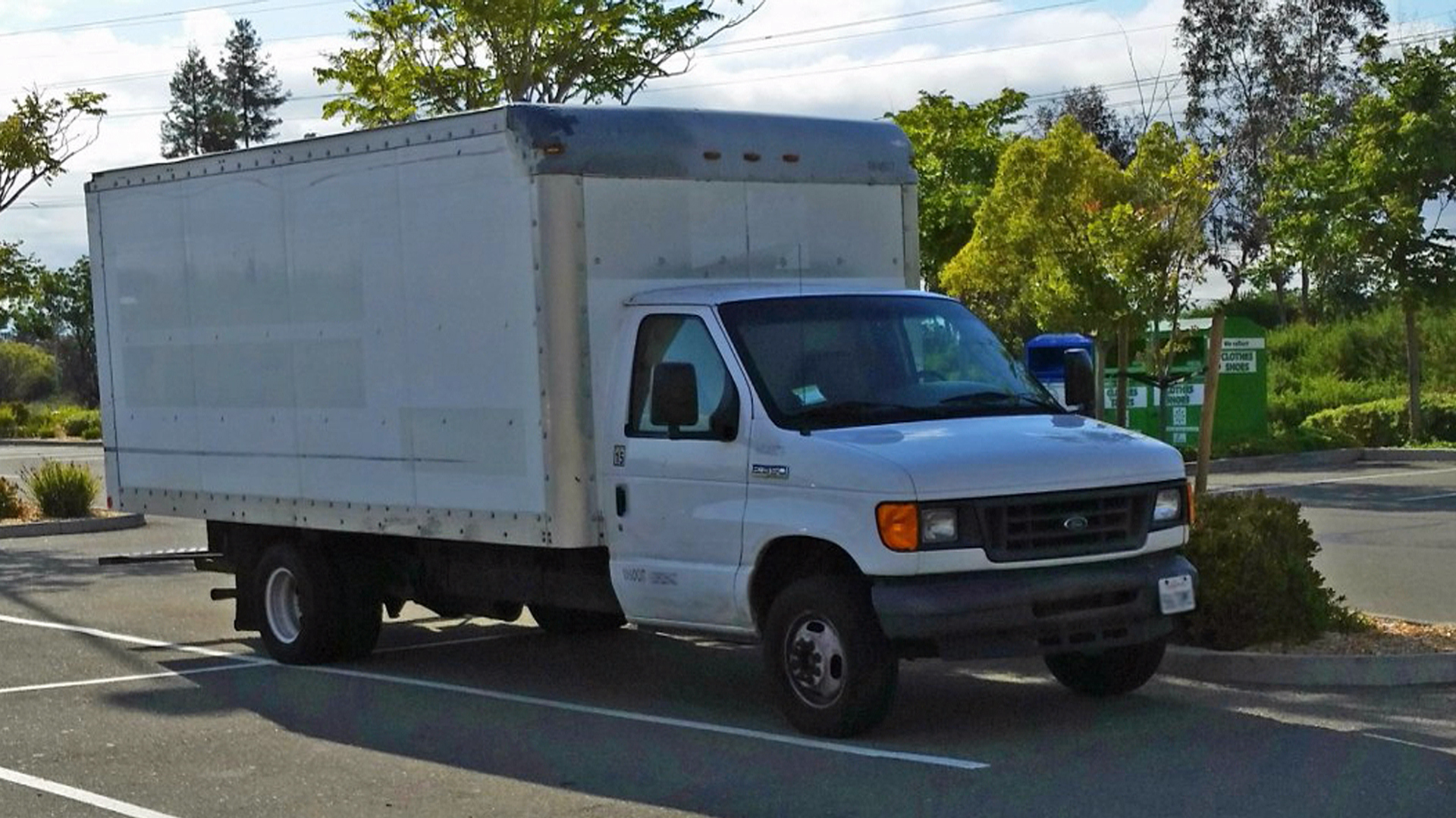 23-Year-Old Google Employee Lives in a Truck to Save Money, See Inside