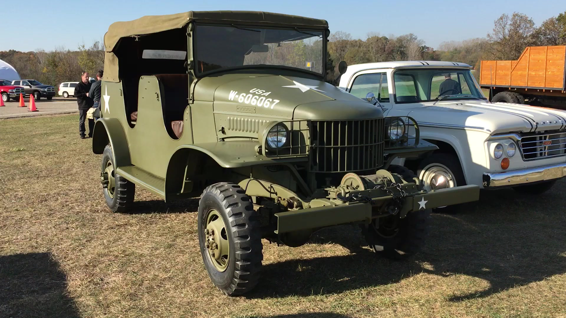 1941 Dodge WC Command Car Walkaround | Autoblog Short Cuts