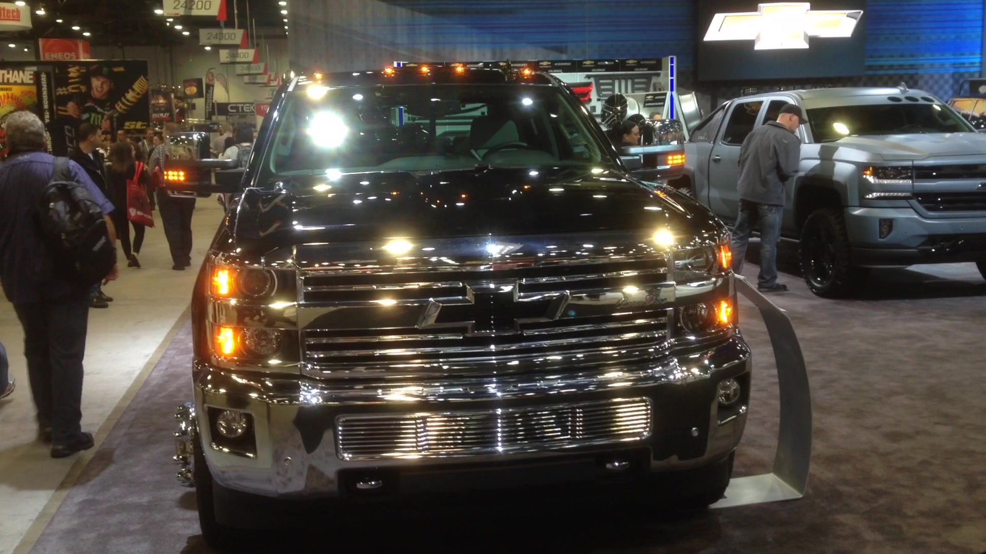 Chevy Silverado 3500 Kid Rock Concept SEMA | Autoblog Short Cuts