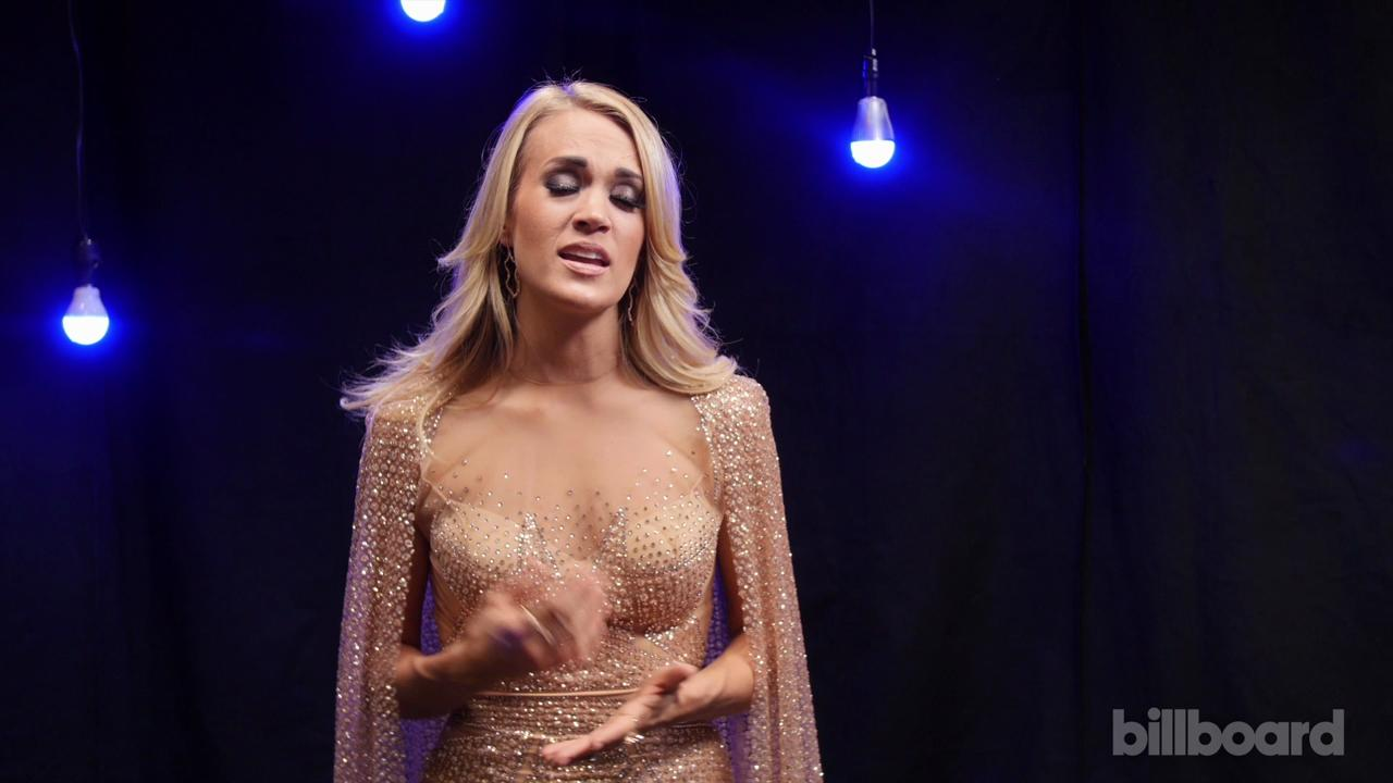 Carrie Underwood Backstage at the 2015 AMAs