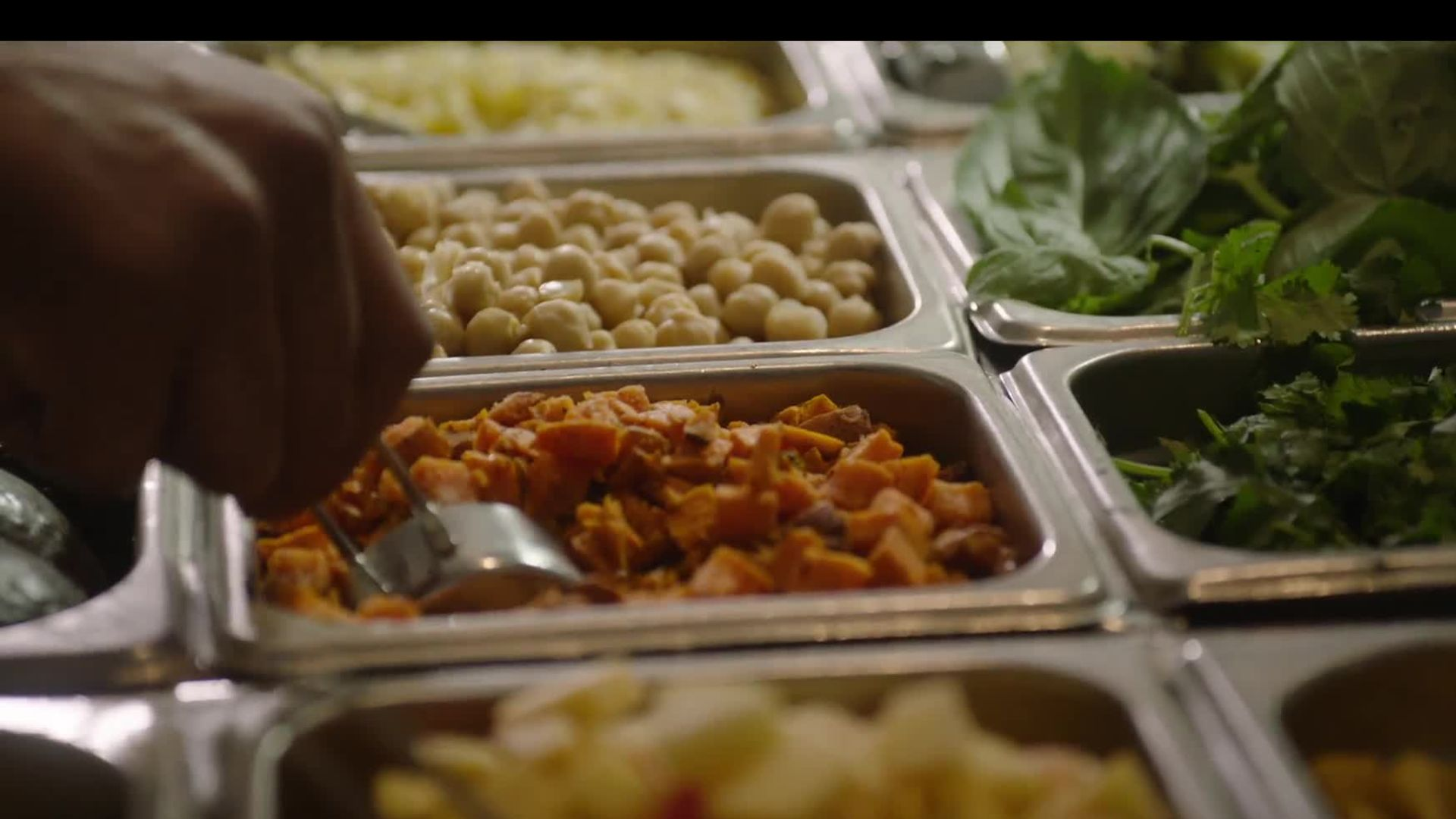 Healthy Fast Food? Sweetgreen Is Revolutionizing On-the-Go Meals