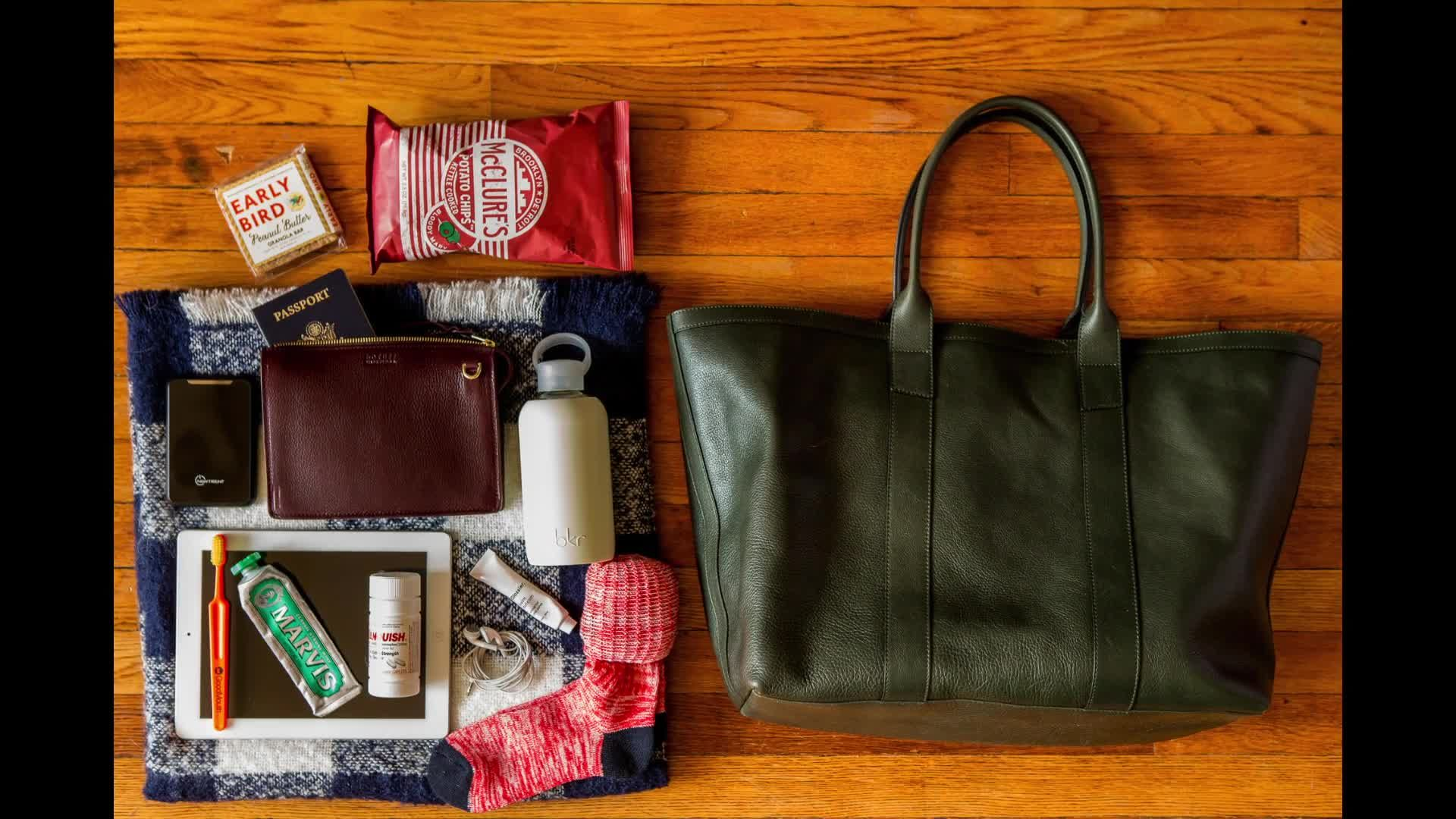 How I Pack: The Right Way to Pack a Carry-On Bag