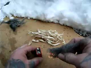 How to Light a Fire Using a Battery and Wire Wool