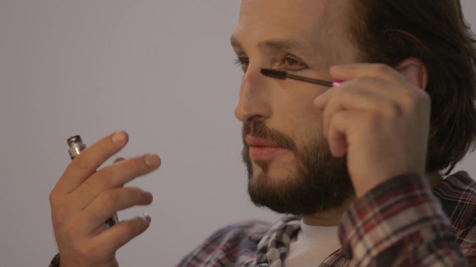 Guys Try Their Girlfriends' Makeup Routines and the Results Are Hilarious
