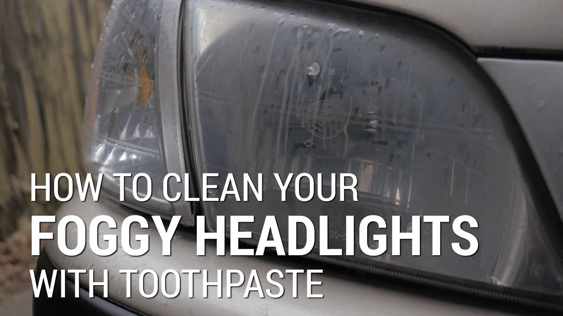 How To Clean Foggy Headlights With Toothpaste | Car Hacks