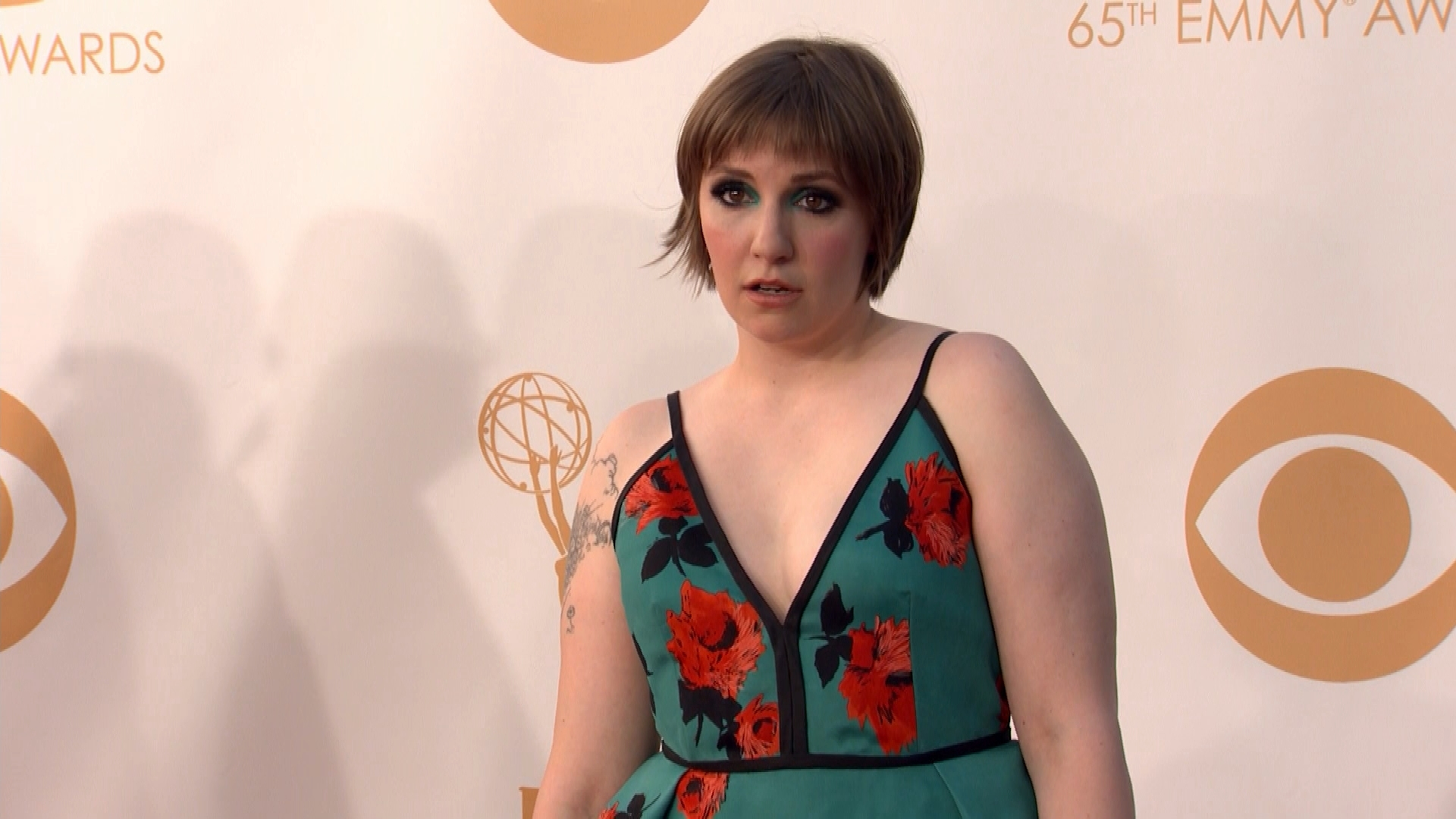 Lena Dunham Accuses Mag of Photoshopping Her Body