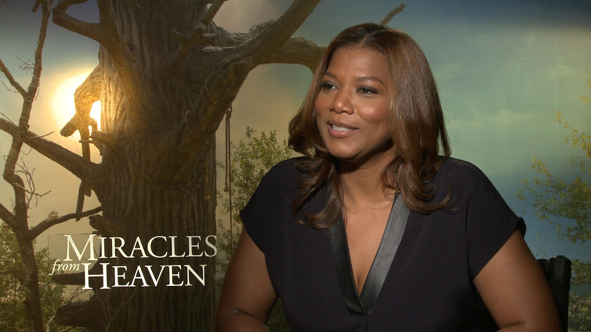 "Queen Latifah Plays ""First and Last"""