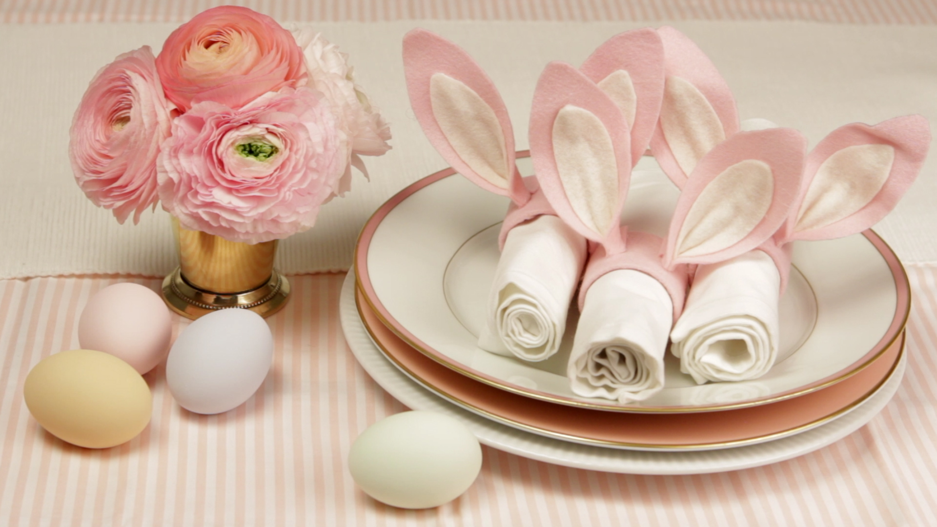 How to Make Bunny Ear Napkin Rings