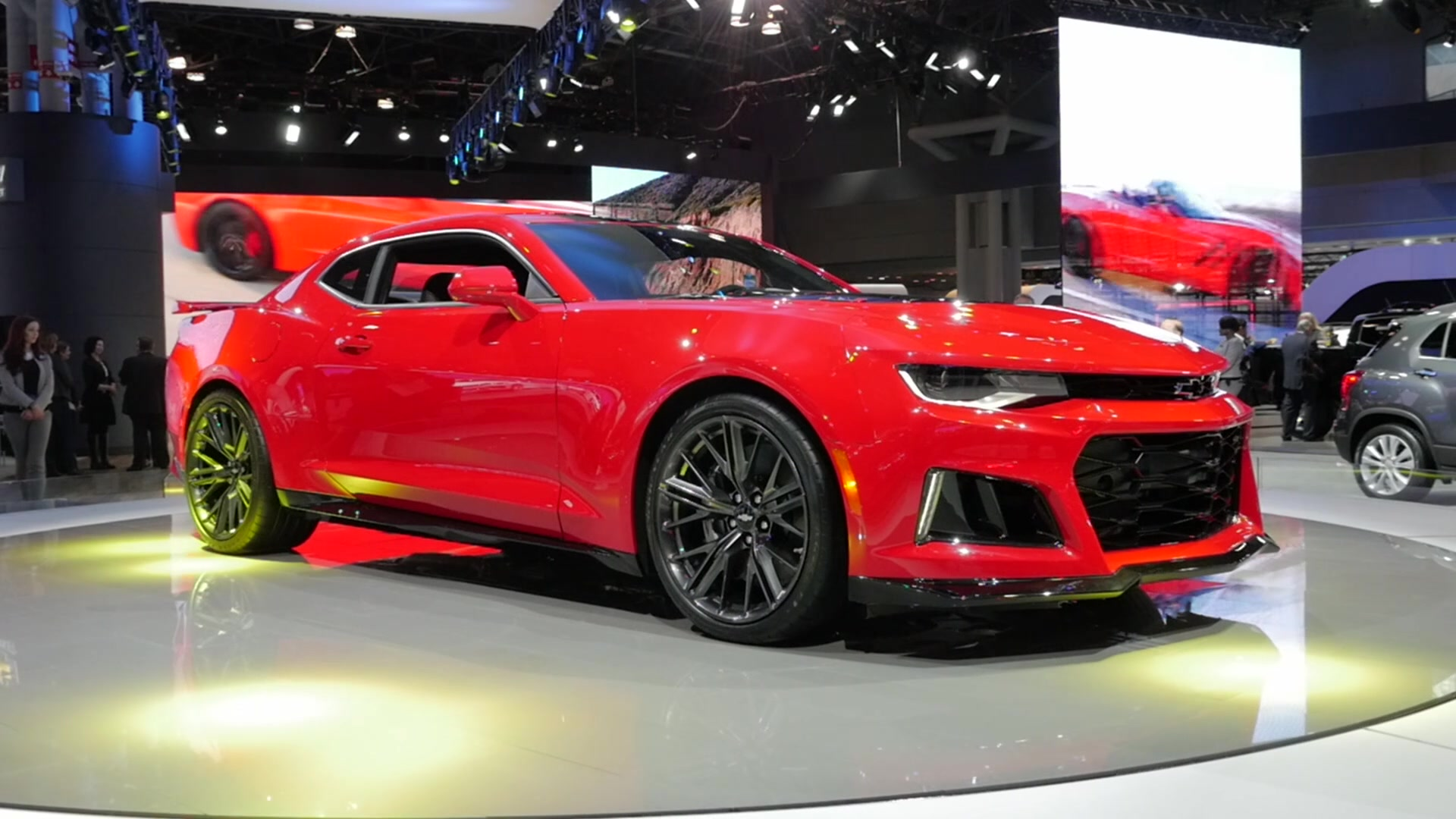 2017 chevrolet camaro zl1 2016 new york auto show beauty roll