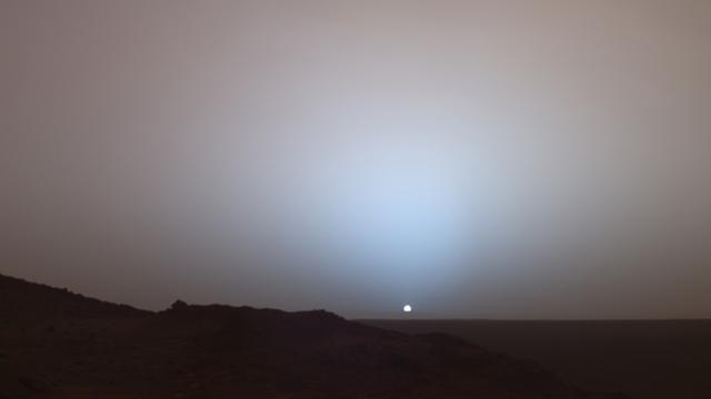 NASA Image Shows A Striking Martian Sunset
