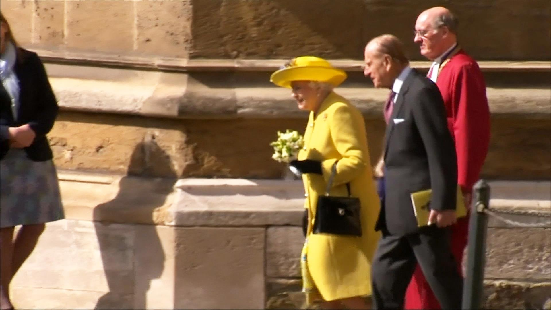 Watch: Queen Arrives for Easter Mass on Her Castle Grounds