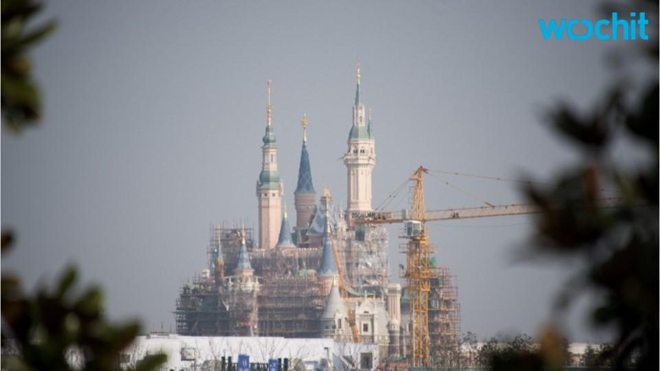 Shanghai Disneyland opener sells out in hours
